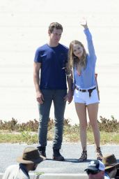 Bella Thorne - On the Set of