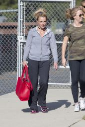 Britney Spears - Leaving a Dance Studio in Las Vegas 4/28/2016