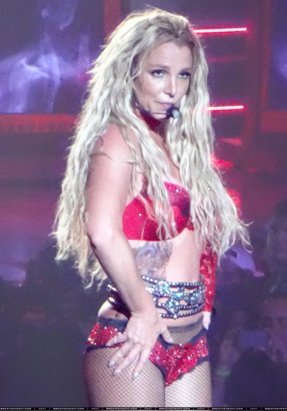 Britney Spears Performing in Las Vegas, April 2016