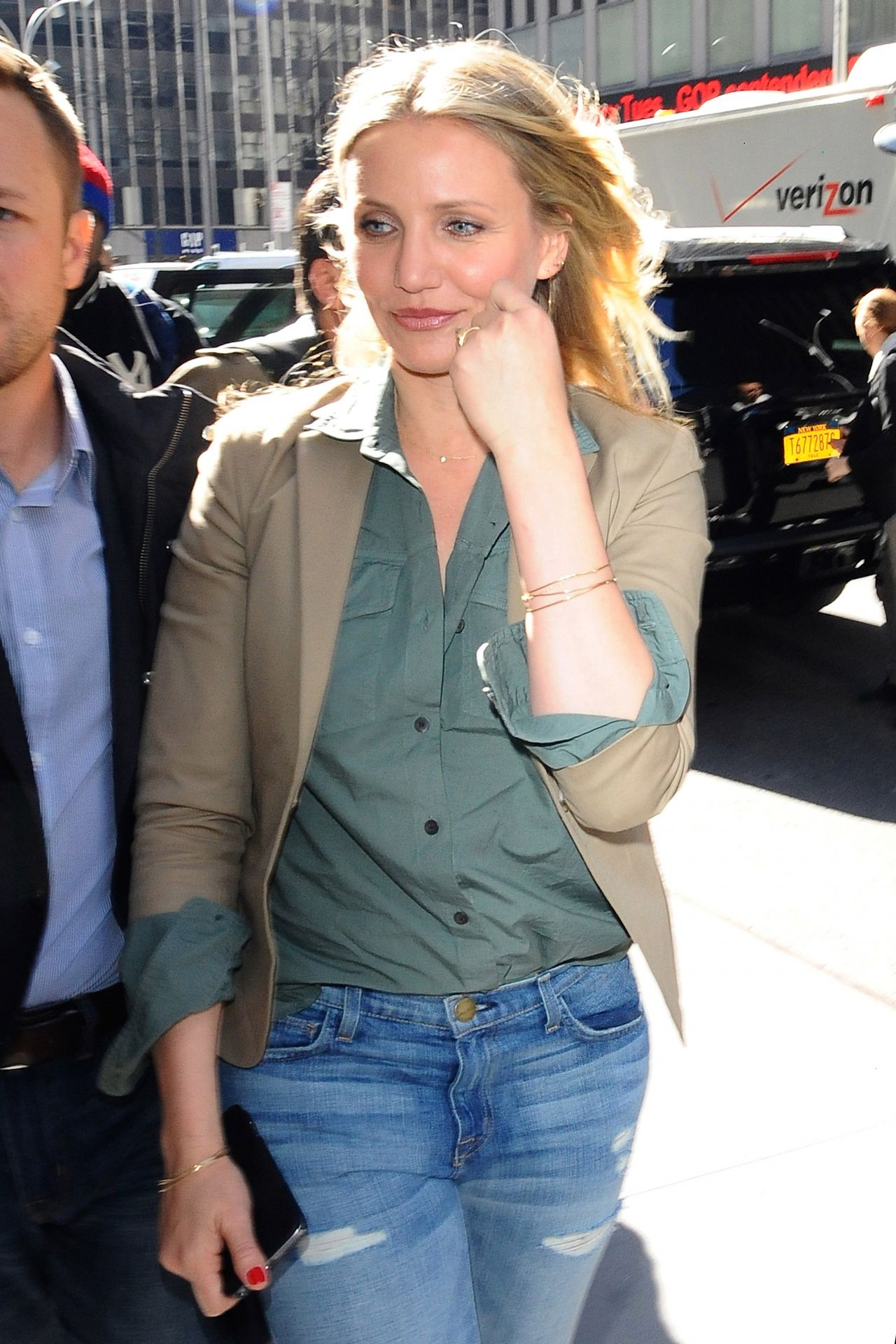 Cameron Diaz Looking Stylish - Arriving at Z100 in New ... Cameron Diaz