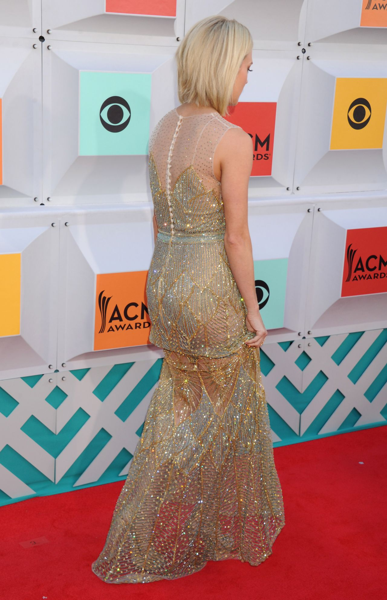 See All the Best Looks from the 2016 Academy of Country