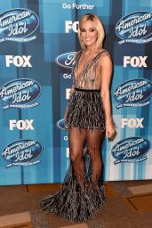 Carrie Underwood – American Idol Finale For The Farewell Season in Hollywood, April 2016