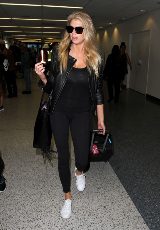 Charlotte McKinney in Black - Arrives at LAX From a Flight From NYC 4/14/2016