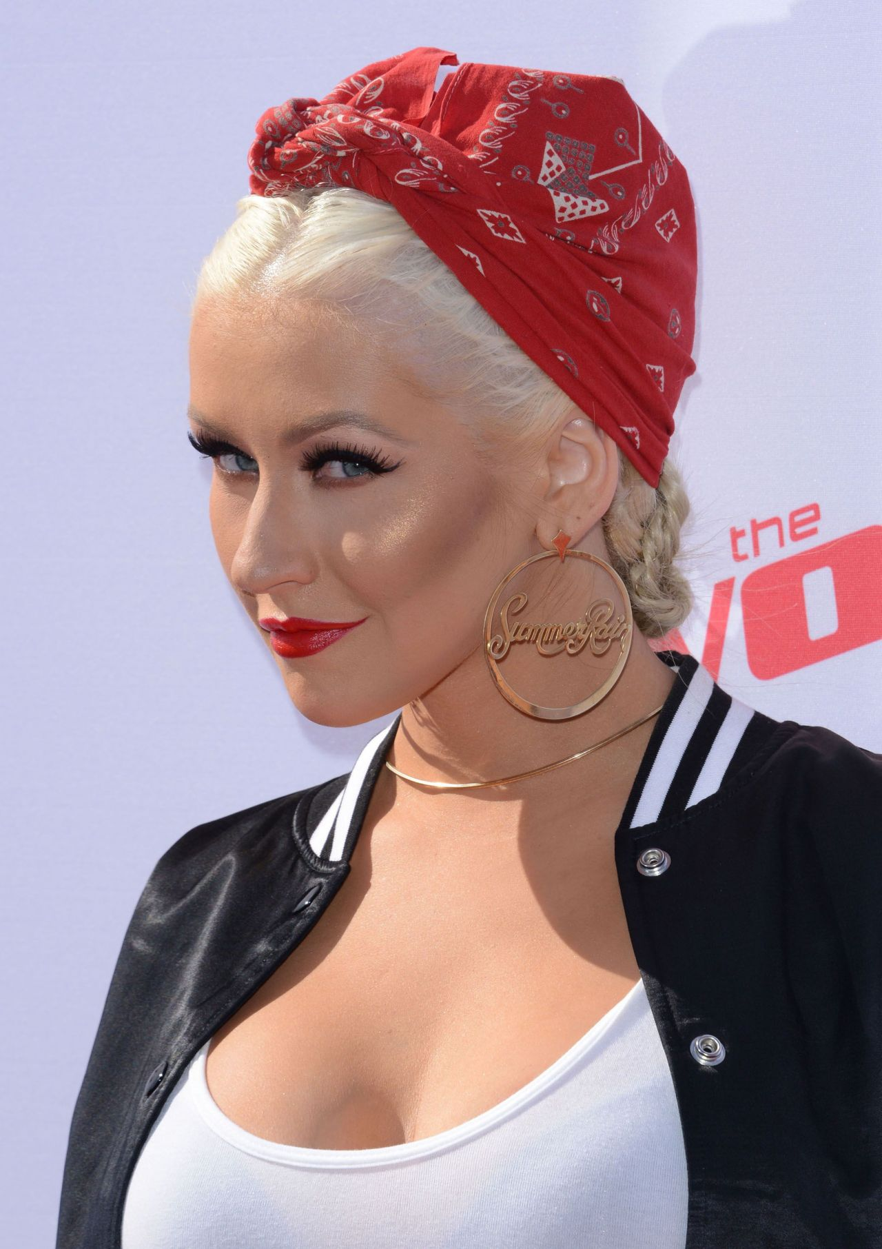 Christina Aguilera - The Voice Karaoke For Charity in West ... Christina Aguilera