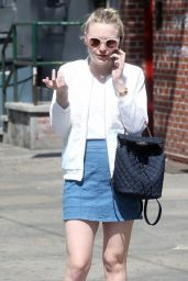 Dakota Fanning Street Style - Out in NYC 4/21/2016