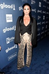Demi Lovato - 2016 GLAAD Media Awards in Beverly Hills 4/02/2016