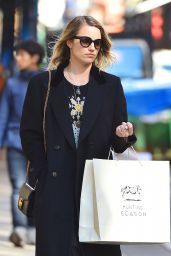 Dianna Agron Style - Shopping in New York City 4/12/2016