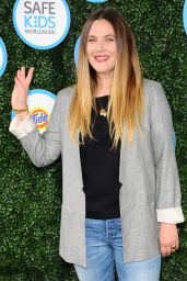 Drew Barrymore – Safe Kids Day in Los Angeles 4/24/2016