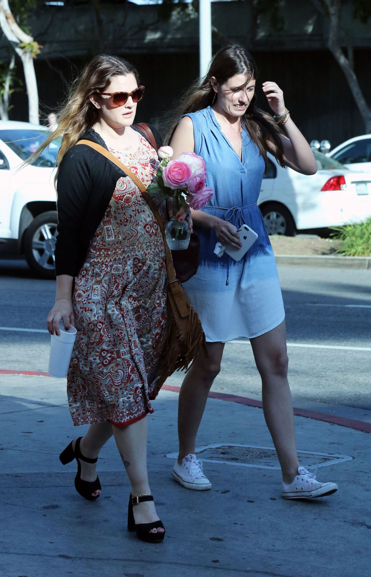 Drew Barrymore Street Style - Out in Los Angeles 4/5/2016 ...