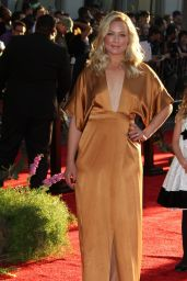 Elisabeth Rohm – Disney's 'The Jungle Book' Premiere in Hollywood
