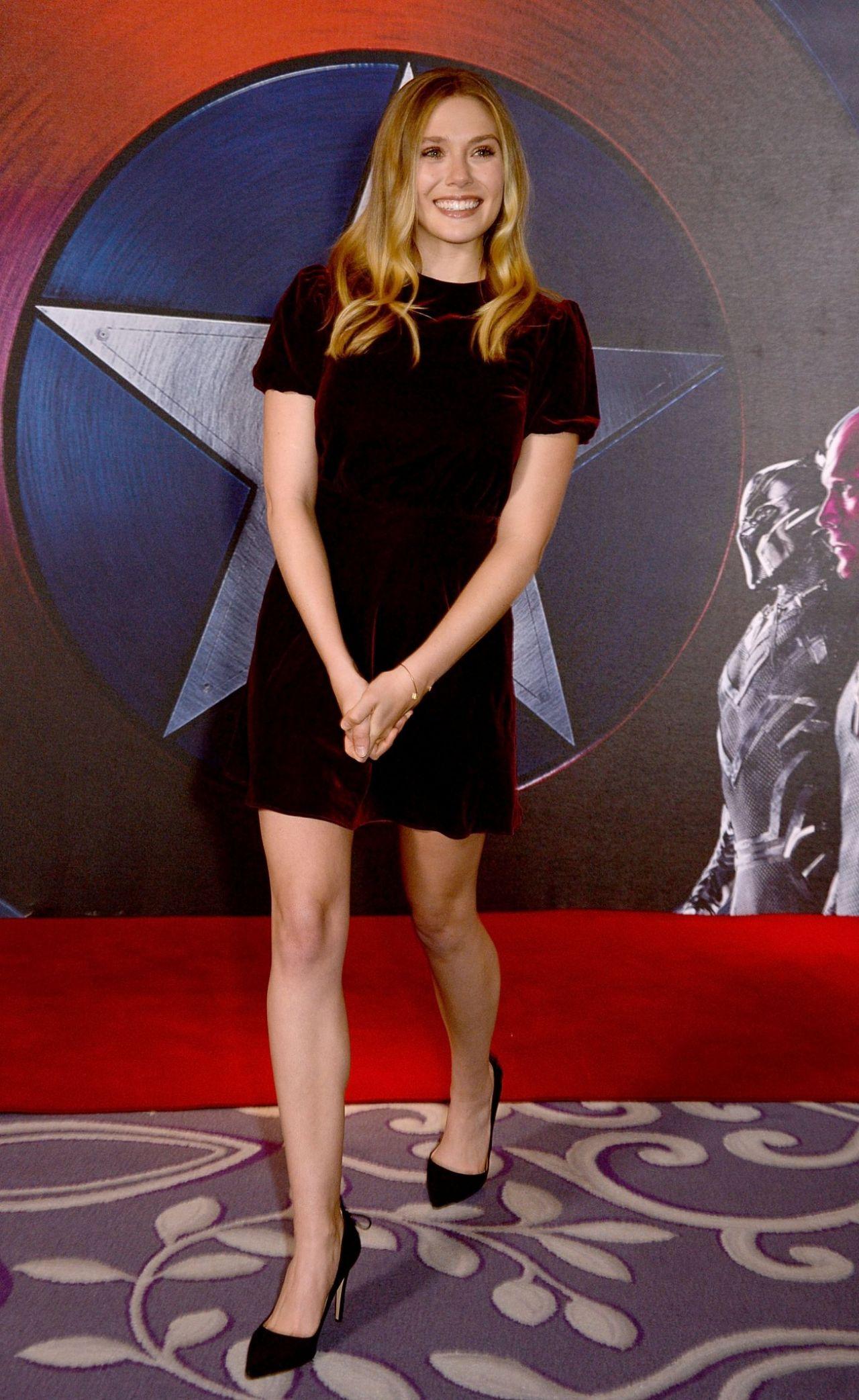 Elizabeth Olsen Captain America Civil War Photocall