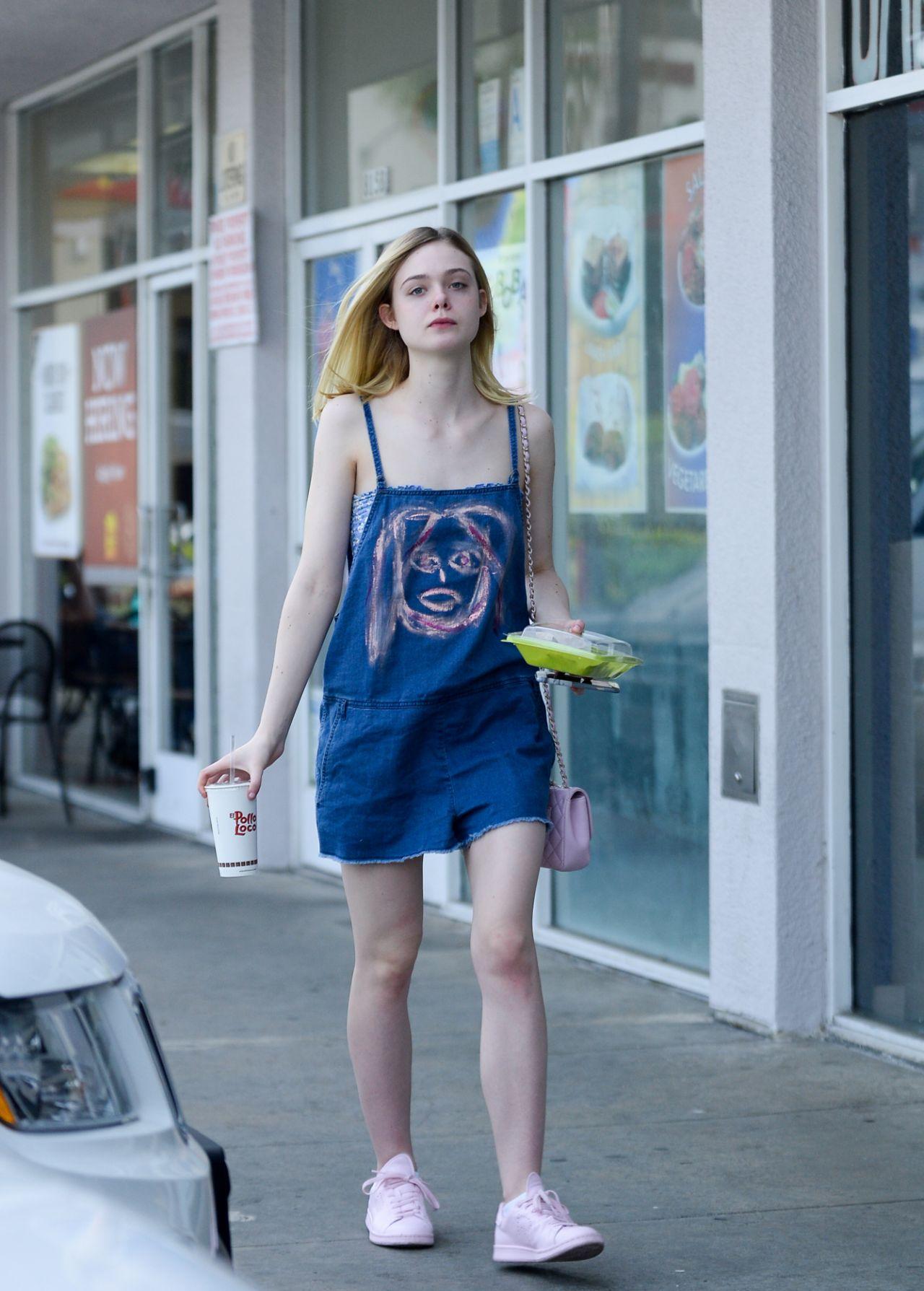 Elle Fanning - Leaving El Pollo Loco In West Hollywood 46 -1313