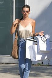 Emily Ratajkowski Casual Style - Shopping in Beverly Hills 4/12/2016