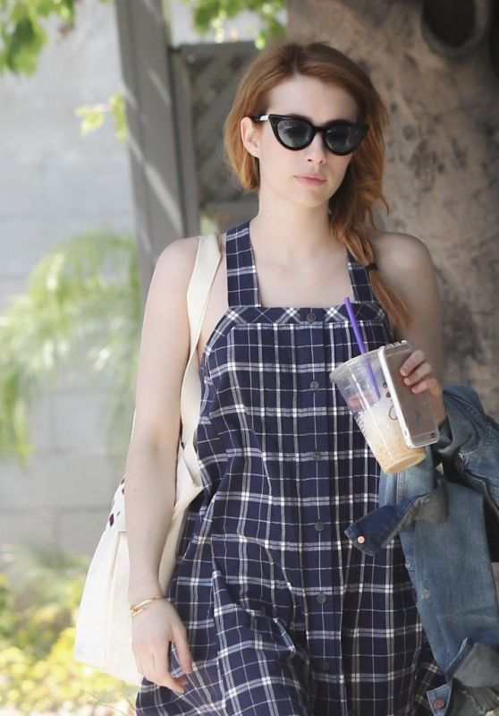 Emma Roberts - Getting Coffee in Los Angeles 4/5/2016