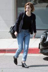 Emma Watson in Jeans - Leaving Beauty Salon in Hollywood 4/12/2016