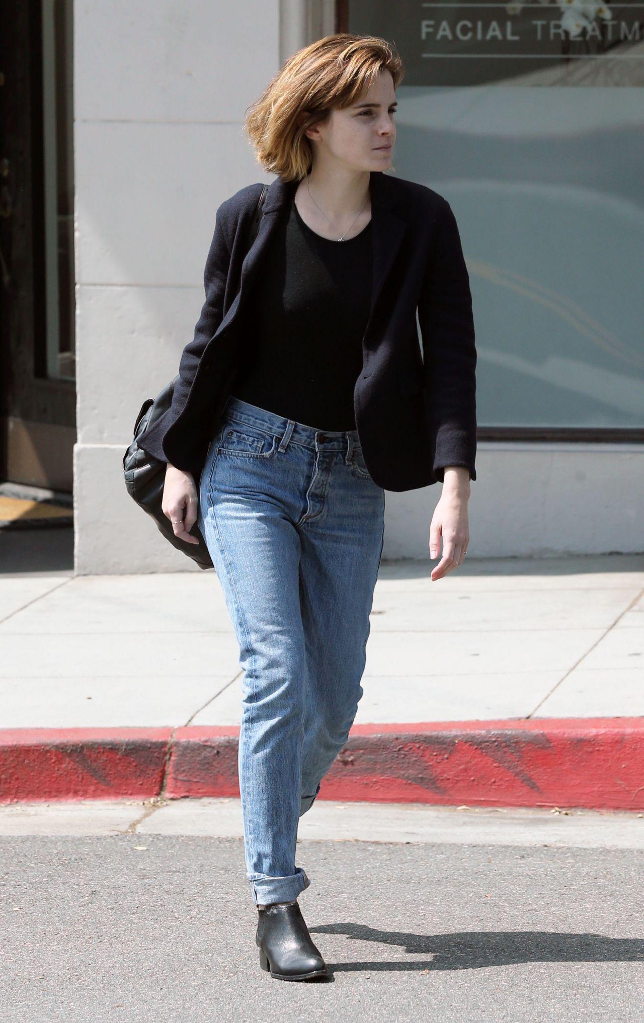 Emma Watson In Jeans Leaving Beauty Salon In Hollywood 4