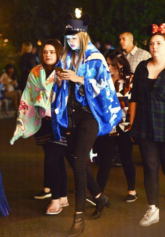 Gigi Hadid at Disneyland 4/26/2016