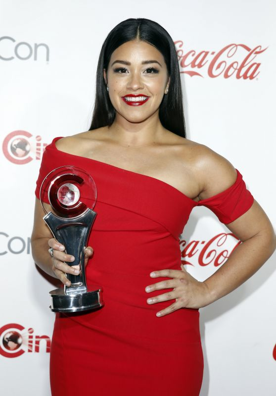 Gina Rodriguez – CinemaCon Big Screen Achievement Awards in Las Vegas 4/15/2016