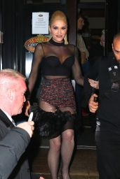 Gwen Stefani Night Out Style - SNL After Party in NYC 4/2/2016