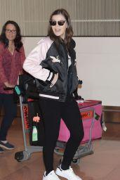 Hailee Steinfeld at Haneda Airport in Tokyo, 1/4/2016