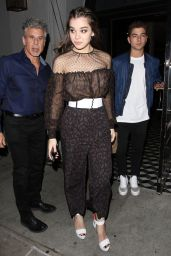 Hailee Steinfeld Style Inspiration - Leaving Craig