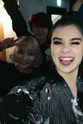 Hailee Steinfeld - Twitter and Instagram Personal Pics 4/5/2016