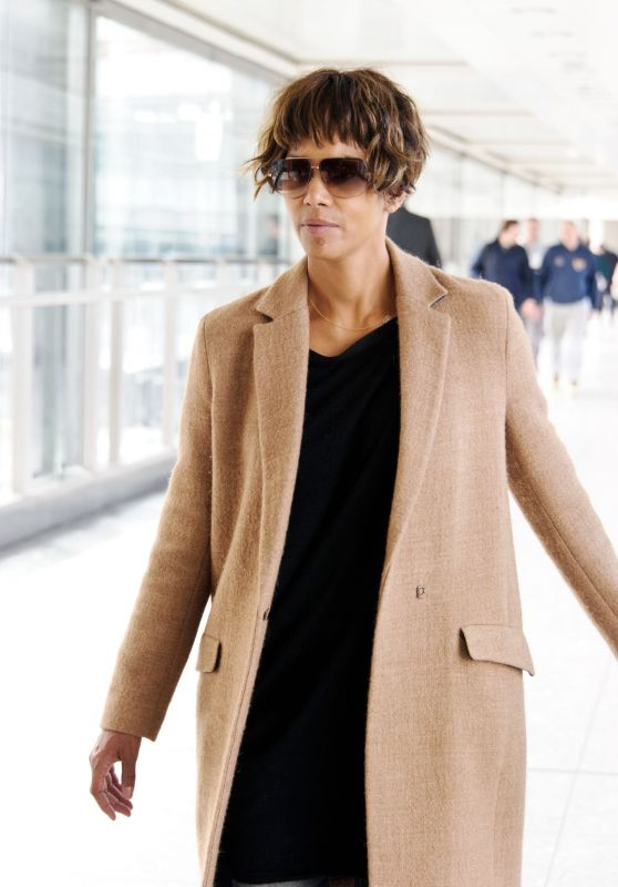 Halle Berry - Arrives at Heathrow Airport in London, UK 4/25/2016