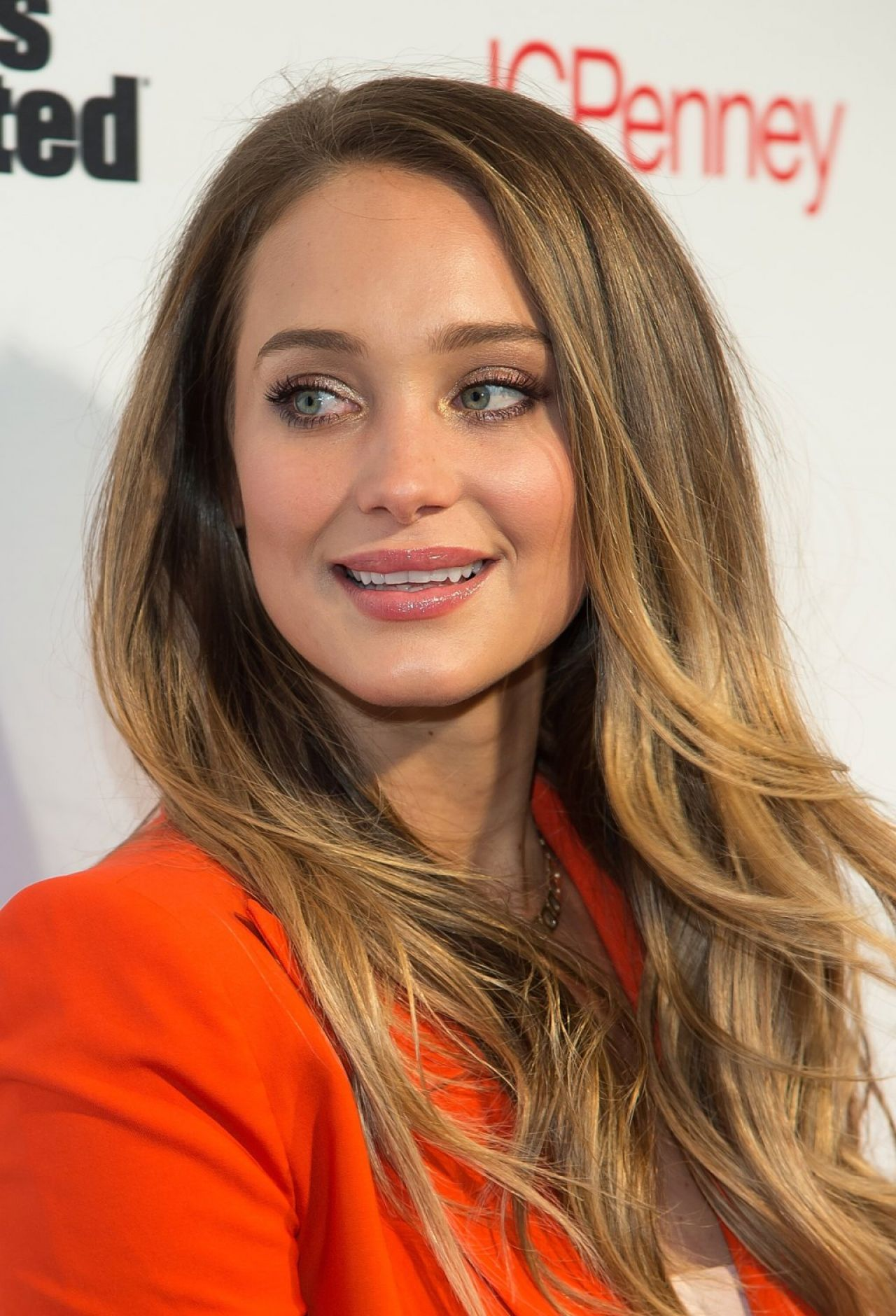 Hannah Davis – Sports Illustrated's Fashionable 50 NYC ...