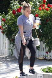 Hilary Duff Casual Outfit - Out in Beverly Hills 4/27/2016