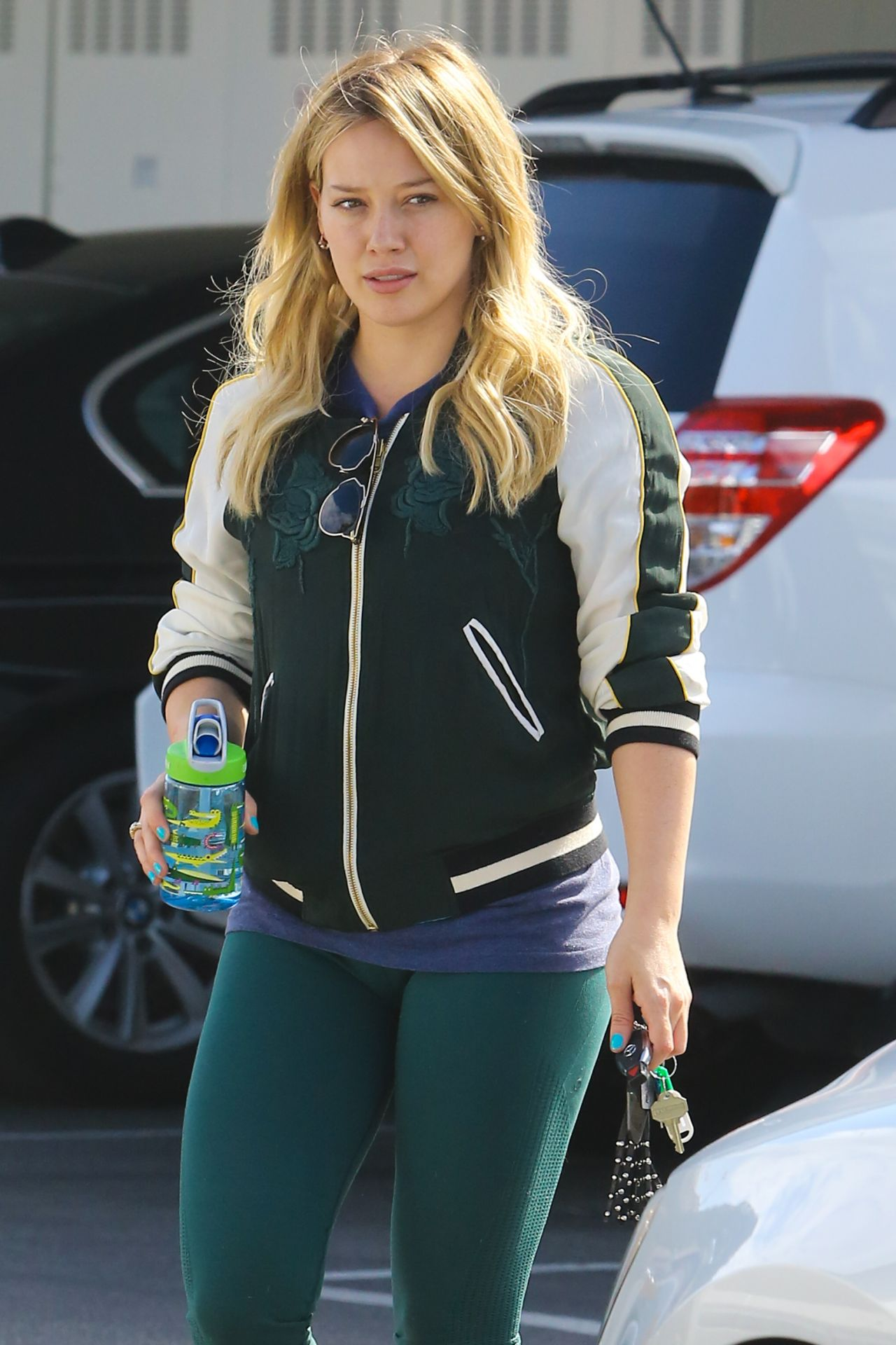 Hilary Duff in Leggings - Shopping at Bristol Farms in LA ... Hilary Duff