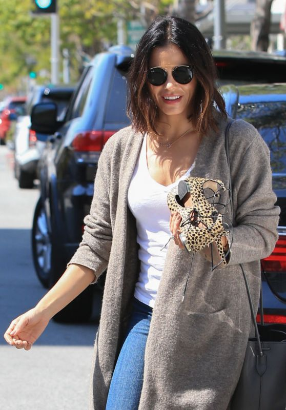 Jenna Dewan - Visiting a Nail Salon in Beverly Hills 4/11/2016