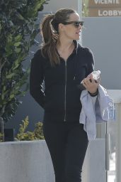 Jennifer Garner - Leaving the Gym in Brentwood, CA 4/12/2016