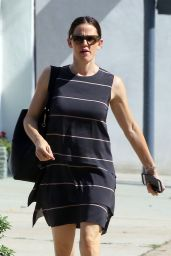 Jennifer Garner Style - Out in Los Angeles 4/10/2016