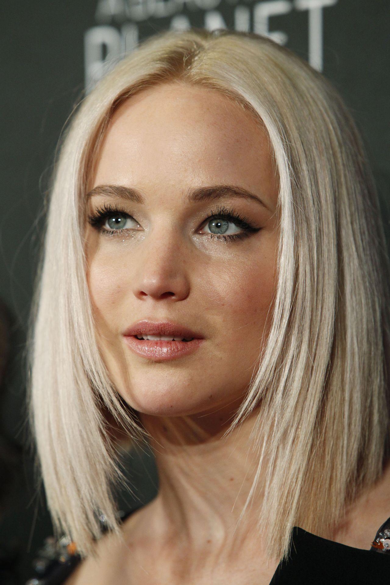 Jennifer Lawrence - The Hunger Games Mockingjay - Part 2