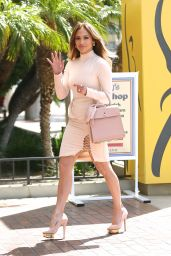 Jennifer Lopez - Heads to SAG For Q & A Regarding Her Role in
