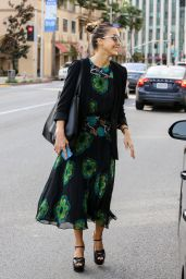 Jessica Alba Casual Style - Out in Beverly Hills 4/15/2016