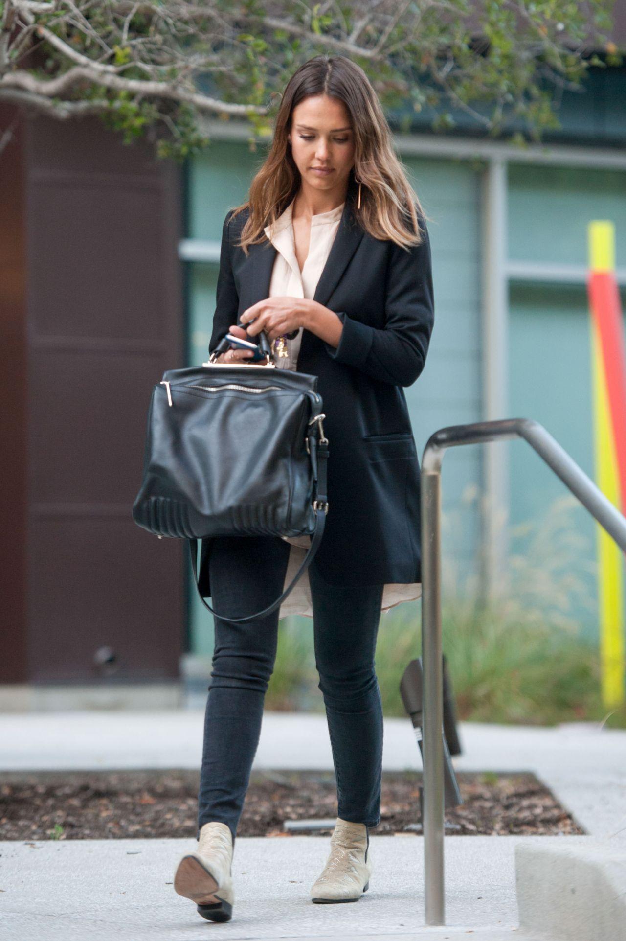 Jessica Alba Street Fashion Los Angeles April 2016