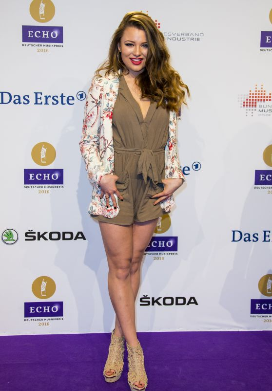 Joelina Drews – 2016 Echo Music Awards in Berlin, Germany