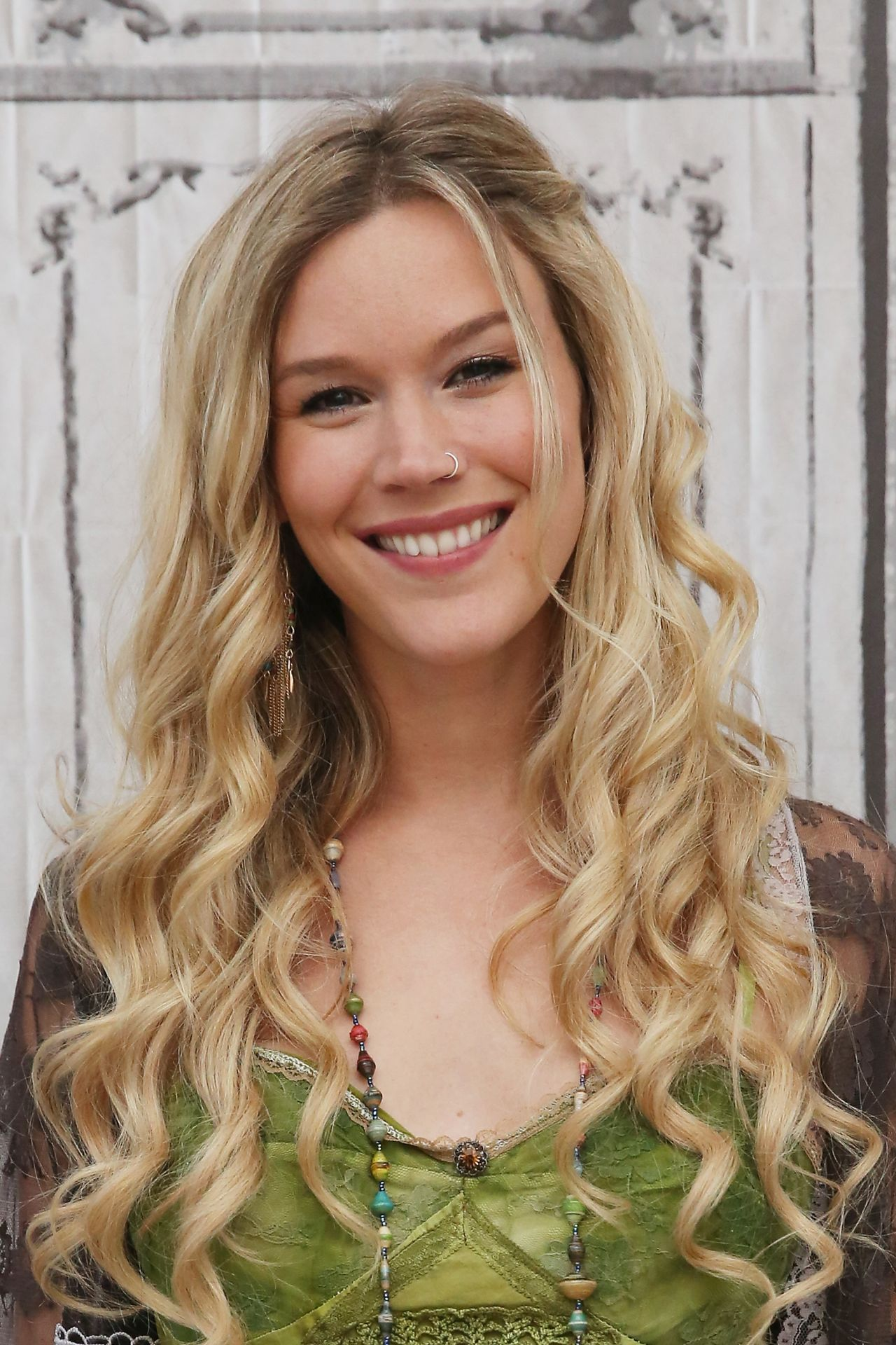 Joss Stone Aol Build Presents Water For Your Soul In