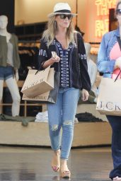 Julie Benz Casual Style - Shopping in LA 4/11/2016