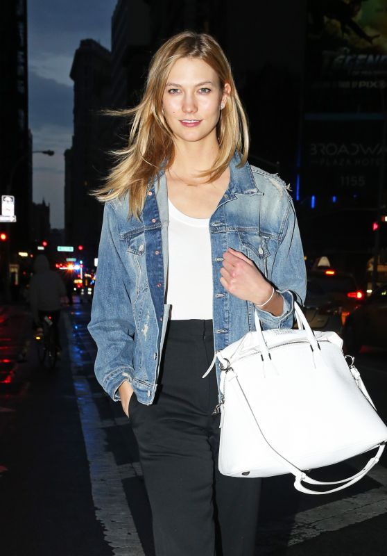 Karlie Kloss Street Style - Out in NYC 4/11/2016