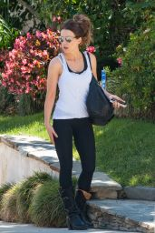 Kate Beckinsale Casual Style Outfit - West Hollywood 4/20/2016
