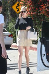 Kate Upton Spring Ideas - at Chateau Marmont in West Hollywood 4/20/2016