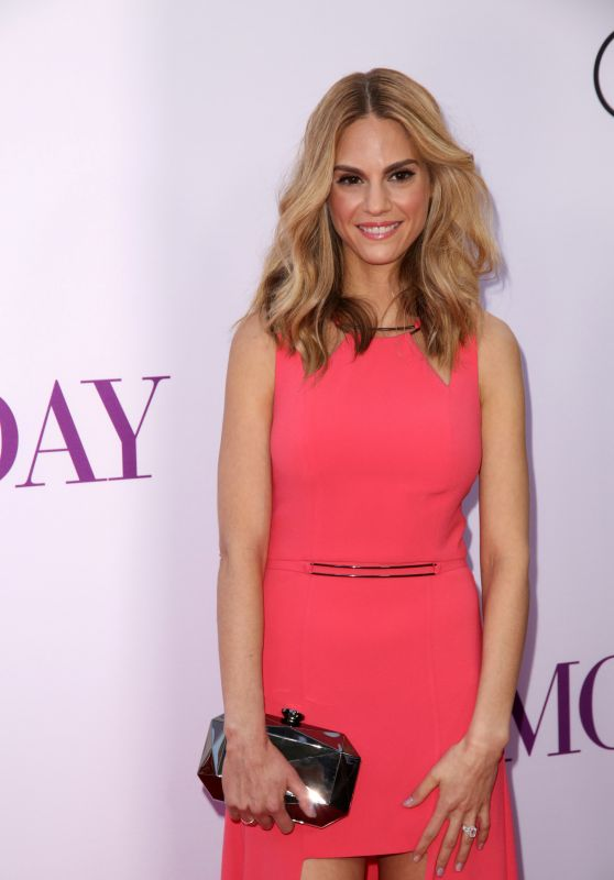 Kelly Kruger – 'Mother's Day' World Premiere in Los Angeles