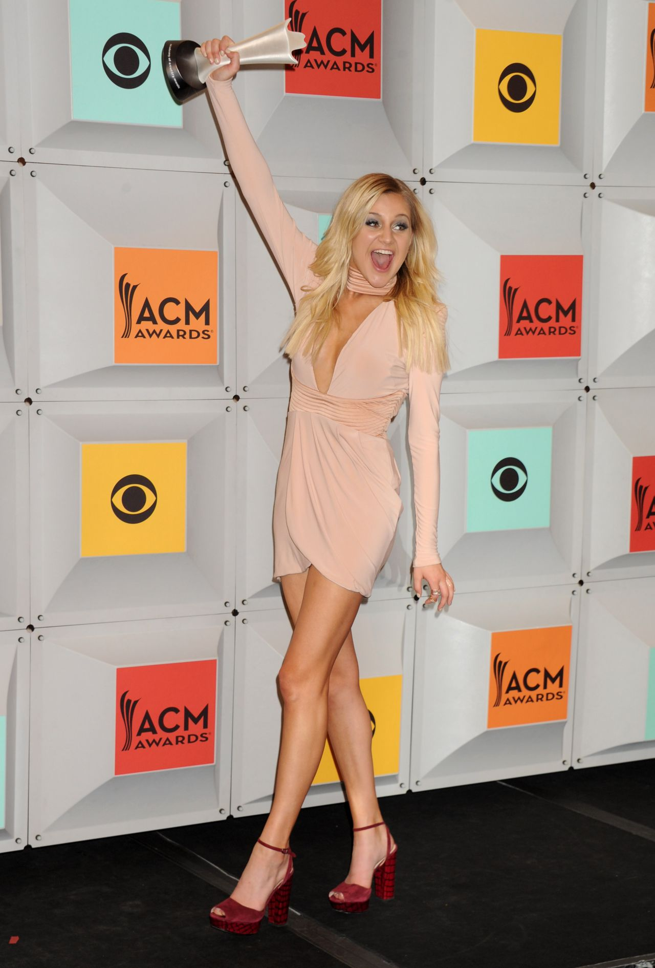 Kelsea Ballerini Academy Of Country Music Awards 2016 In