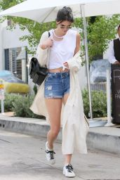 Kendall Jenner Leggy in Jeans Shorts - Shopping in Beverly Hills, 4/6/2016