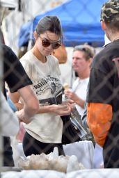 Kendall Jenner Street Style - Shopping in Pasadena 4/10/2016