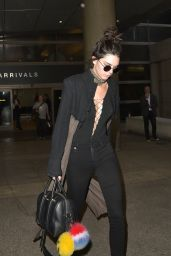 Kendall Jenner Travel Outfit - at LAX in LA, April 2016