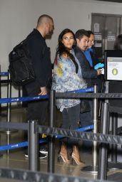 Kim Kardashian - Arriving at LAX Airport in Los Angeles 4/11/2016