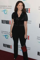 Kristin Davis – REFUGEE Exhibit at Annenberg Space For Photography in Century City, April 2016